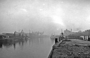 PHOTO-LANARKSHIRE-1957-GLASGOW-BROOMIELAW-RIVER-CLYDE-FROM-KING-GEORGE-V-BRIDGE