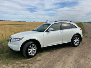 2006 Infiniti FX35 with Tech Package