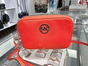 NWT-Michael-Kors-Fulton-LG-Crossbody-Bag-Pebble-Leather-Clementine-Orange