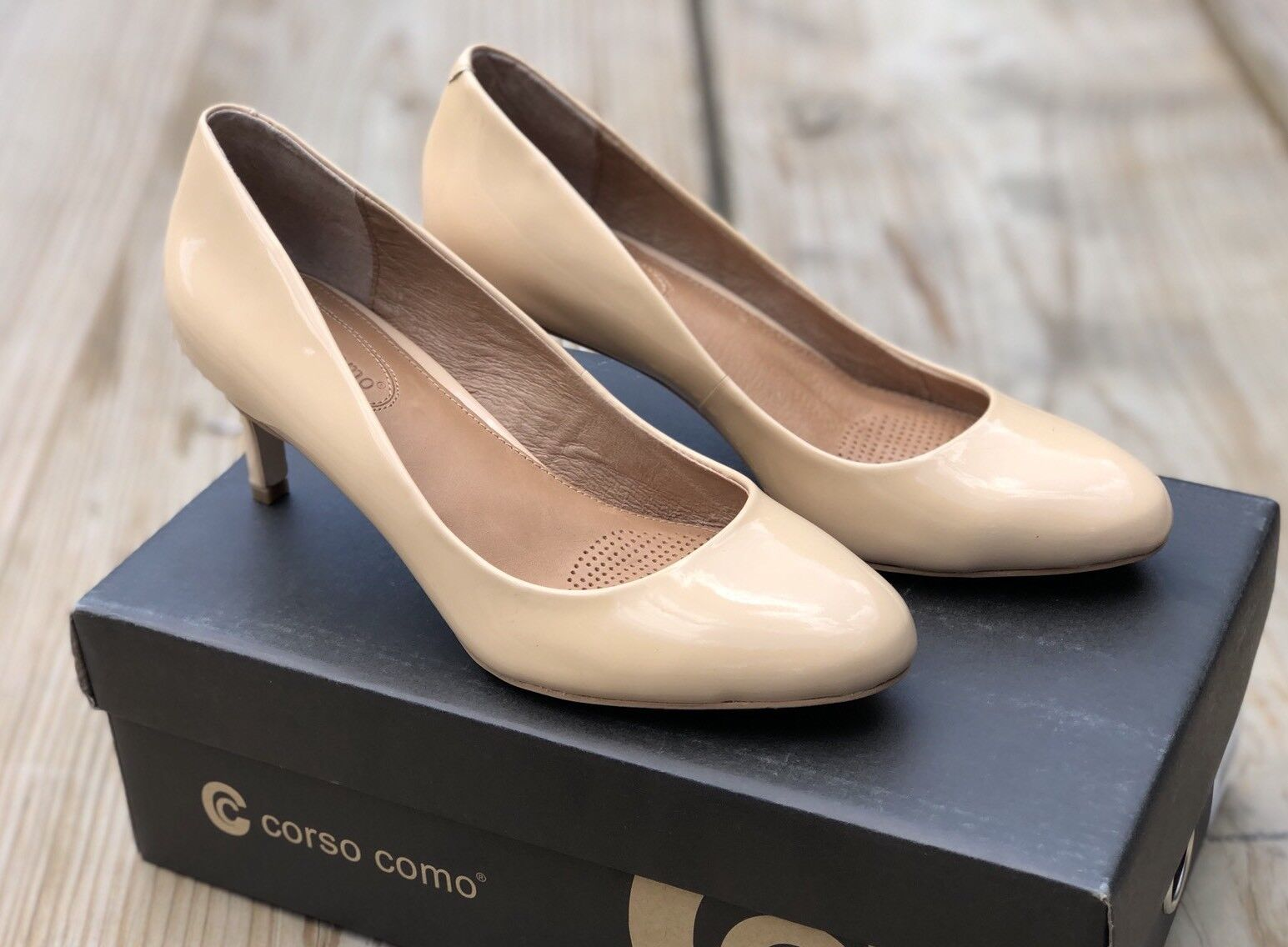 Corso Como Lisbeth Nude Patent Leather Women's Heels Pumps Size US 6 NEW