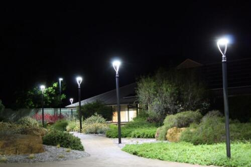 Outdoor Parking Lot Garden Area Street lights IP65 80W LED Post Top Light 5700K