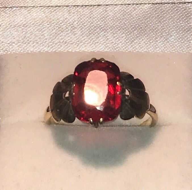 9ct Yellow gold Vintage Antique Style Red Topaz Large Single Stone Ring Size Q