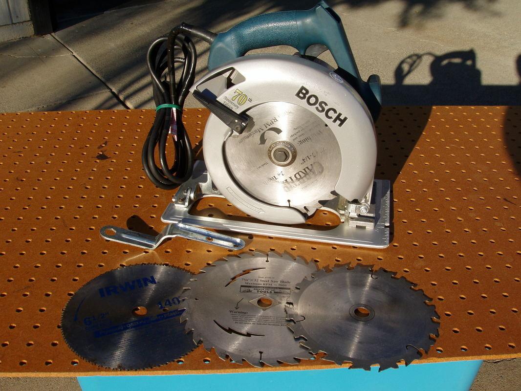 BOSCH B5610 CORDED CIRCULAR SAW 13 AMP 5500 RPM 70th ANNIVERSARY EDITION DECENT