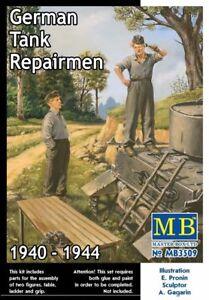 MAS3509-Masterbox-1-3-5-Scala-Tedesco-Serbatoio-Repairmen-1941-1945