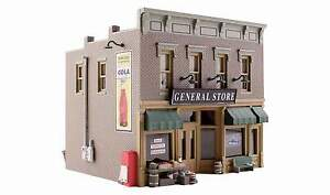 WOODLAND SCENICS BUILT & READY N SCALE LUBENER'S GENERAL STORE