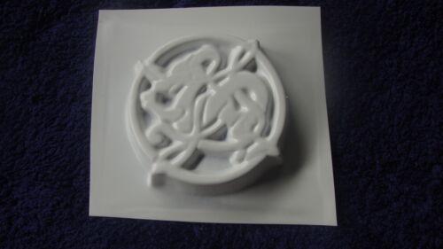 1 Drachenseife Seifenform