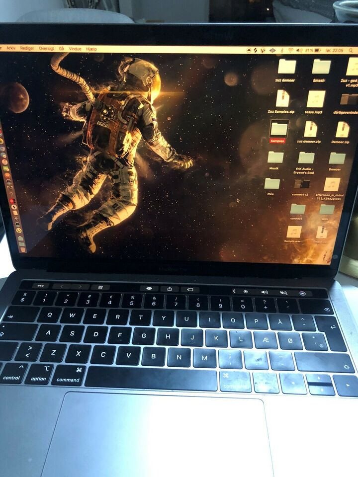 MacBook Pro, 2.3 GHz, 8 GB ram