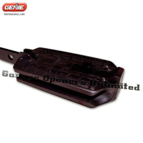 Doors Genie IntelliG 1000 Garage Door 8 foot Genie 36773S Carriage Assembly