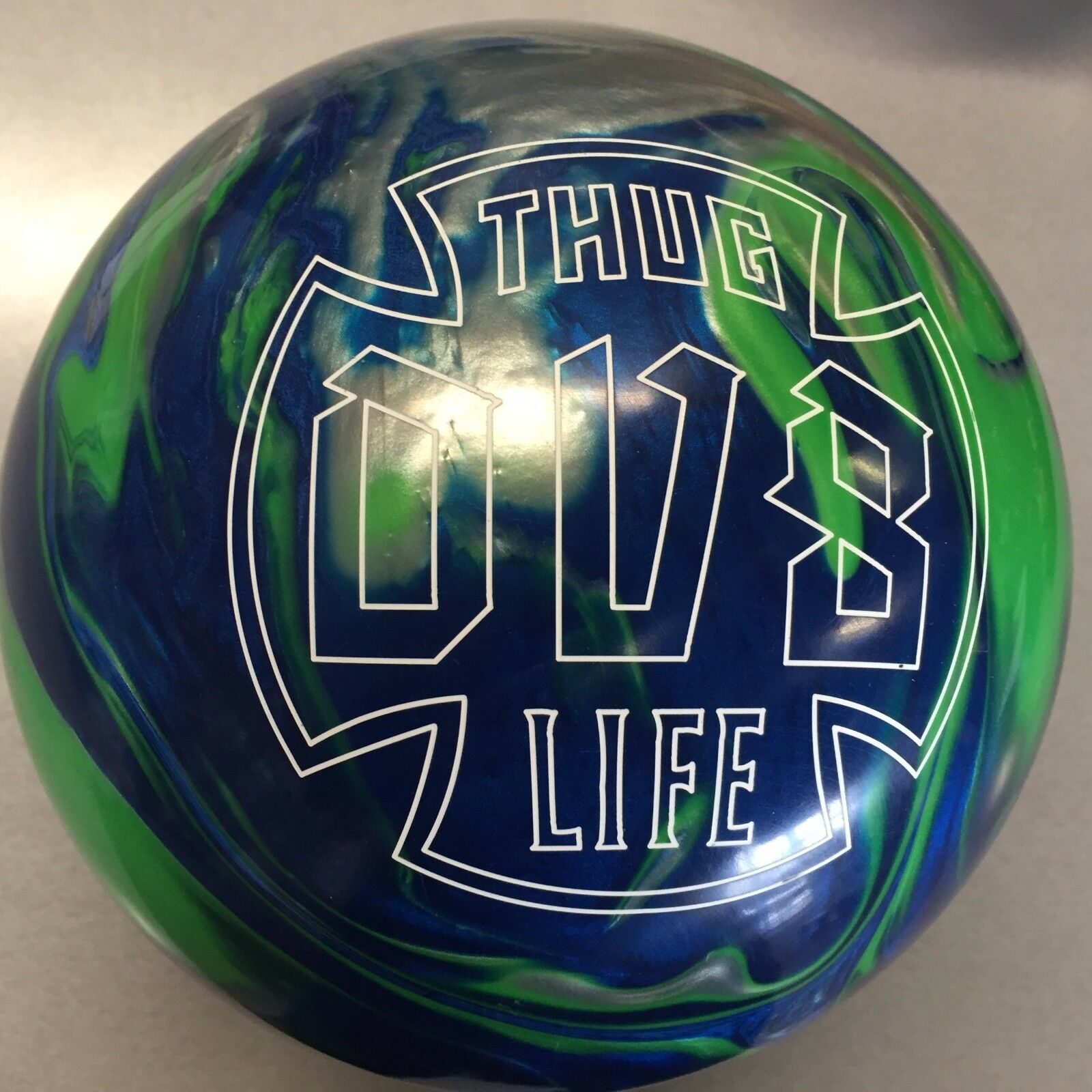 DV8 THUG LIFE  BOWLING  ball  16 lb. 1ST QUALITY  BRAND NEW IN BOX