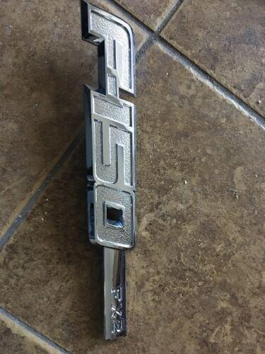 09 10 11 12 Ford F-150 RH passenger side fender emblem OEM 2009-2012 CHROME FX2