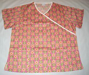 NEW-Scrubs-Crossover-Print-Scrub-Top-2X-Daisy-Craze