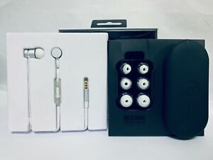 Genuino-Beats-urBeats-2-by-Dr-Dre-Wired-In-Ear-Headphones-3-5mm-Plug-Silver