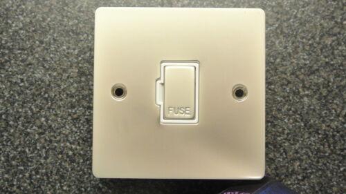 Knightsbridge f6-pw Perle Nickel 13A fusible spur blanc insert plat plat vis