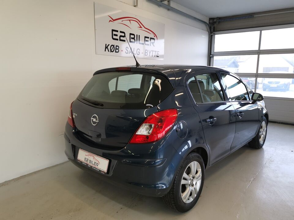 Opel Corsa 1,2 16V Cosmo aut. Benzin aut. Automatgear