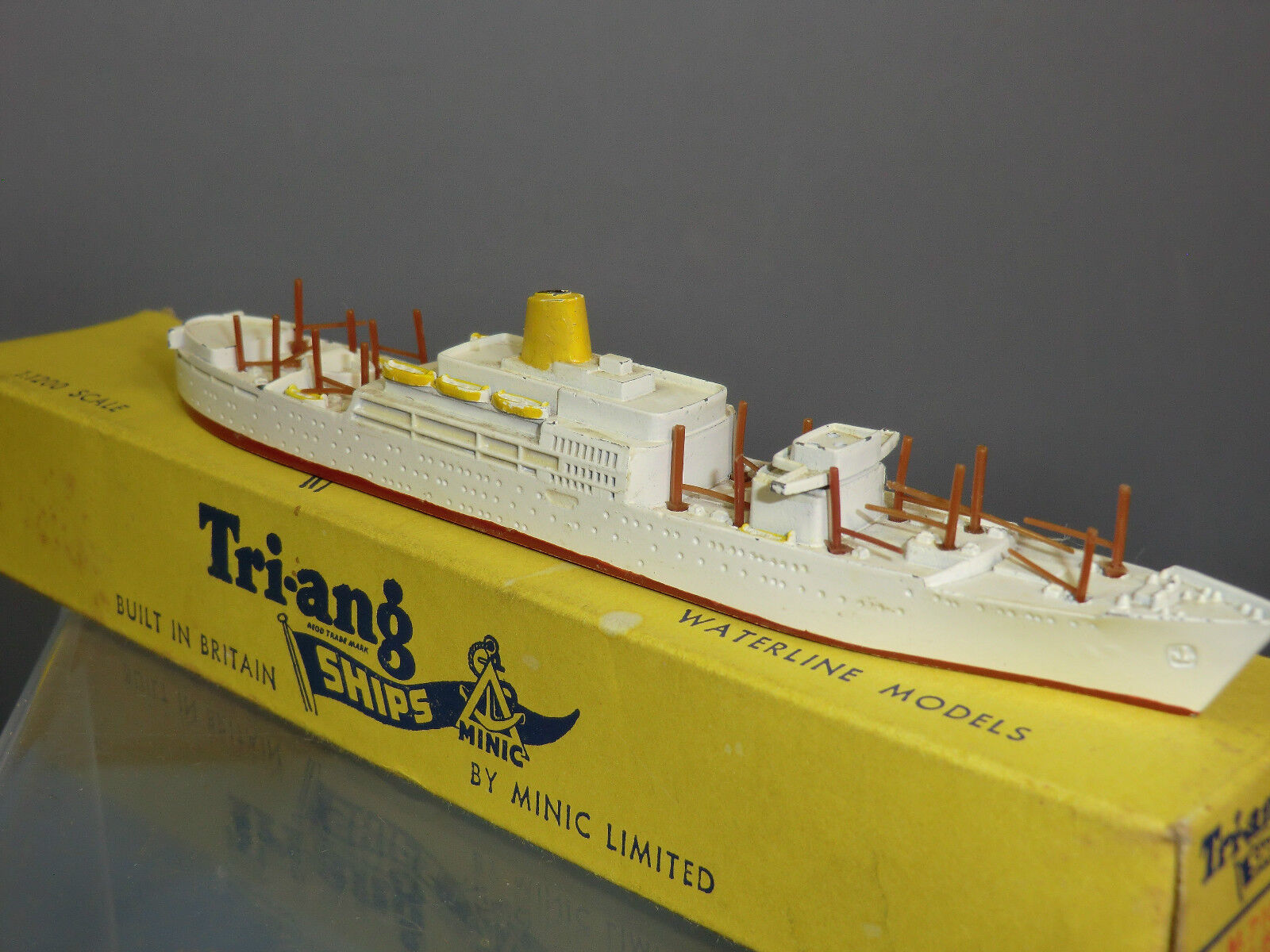Triang Minic Ships Modelo No.M718 RMS  Amazon  VN MIB