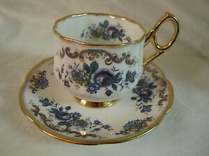 Rosina-Bone-China-England-Floral-Cup-amp-Saucer-multicolor-with-gold-on-white