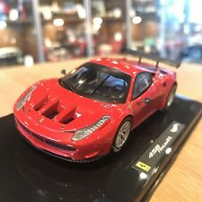 1:18 Hot Wheels Ferrari 458 Italia GT2 Plain Body Version 2011 red
