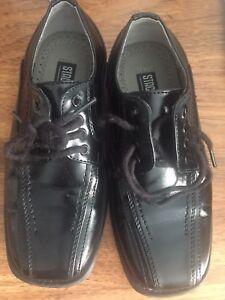 Stacy Adams Boys Dress Shoes Size 10.5