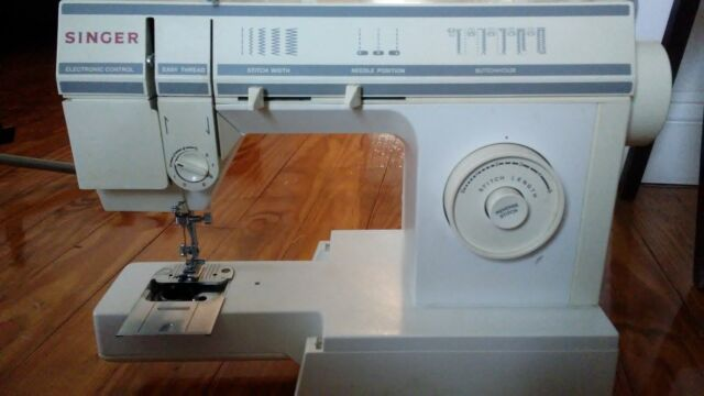 SINGER 40 Stitch Sewing Machine Model 57840C EBay Gorgeous Singer Sewing Machine 57817c