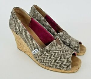 8eb43d746d Tom's Chevron Open Toe Wedges Slip On Women's Heels Shoes Size 6.5 ...