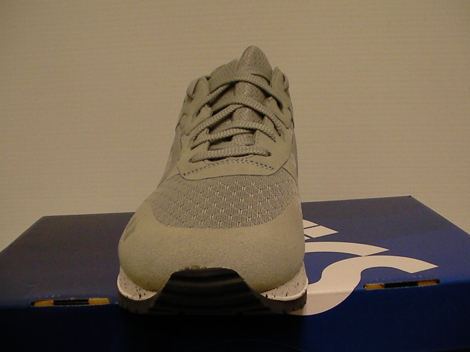 Asics running running running shoes gel-lyte iii size 7.5 us men light grey new with box cc42d6