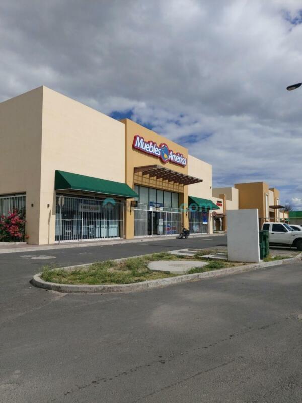 Local en Renta excelente subancla en Punta Norte, Celaya