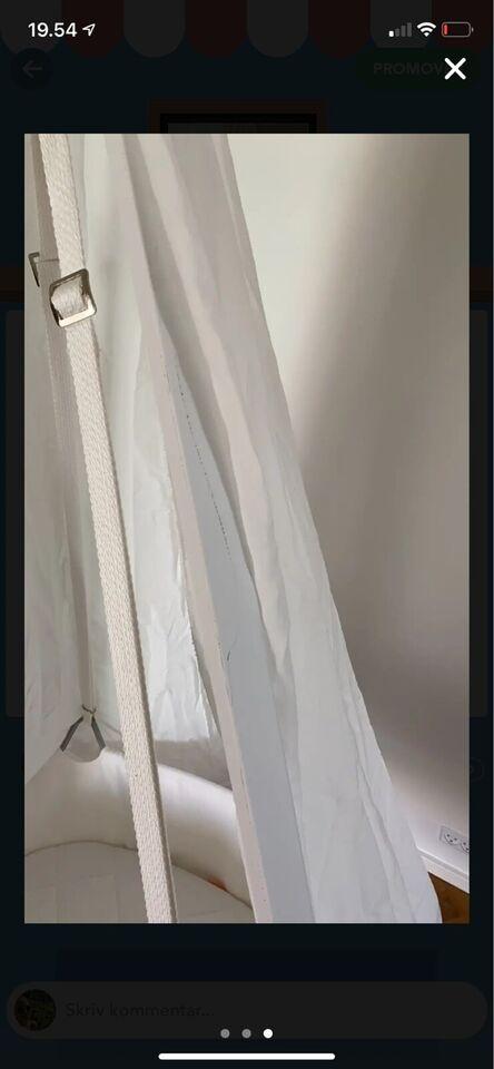 Vugge, Vi sælger hvid leander vugge med stativ.