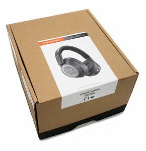 Plantronics Voyager 8200 B8200 UC Wireless Headset USB-A Black (208769-01) New