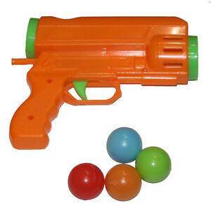 Fun-Sponge-Ball-Shooter-With-4-Balls-Blaster-Gun-Launcher-Kids