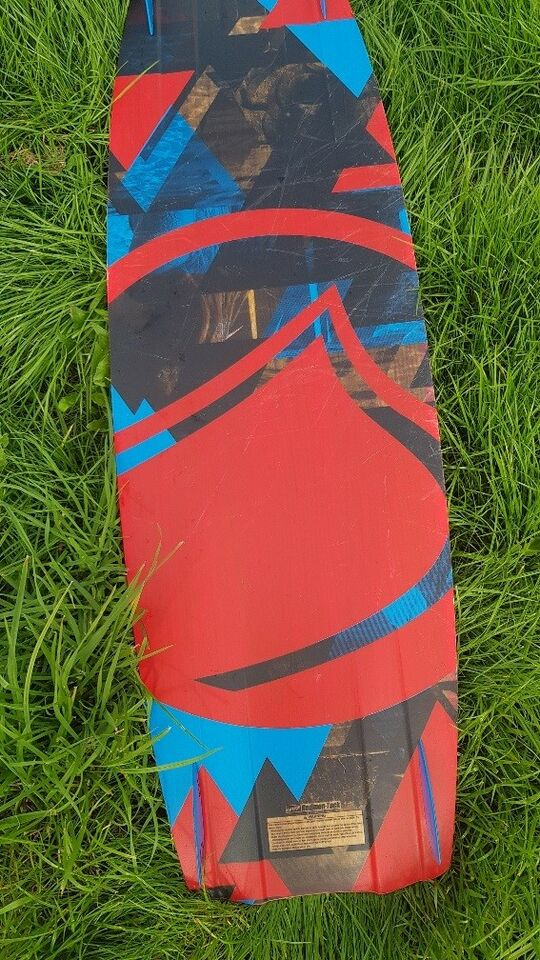 Kiteboard, Liquide Force Element, str. 139x41,5