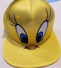 TODDLERS 2 PC SET 1 HAT 1 PR MITTENS 1 SIZE FITS MOST YELLOW TWEETY BIRD A-20