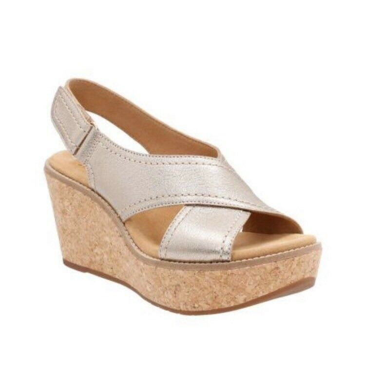Clarks Aisley Tulip gold Metallic Womens Ankle Velco Strap Size 7.5M  13