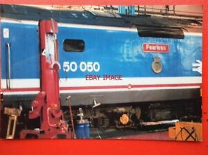 PHOTO  CLASS 50 DIESEL NAMEPLATE  50 050 FEARLESS - Tadley, United Kingdom - PHOTO  CLASS 50 DIESEL NAMEPLATE  50 050 FEARLESS - Tadley, United Kingdom