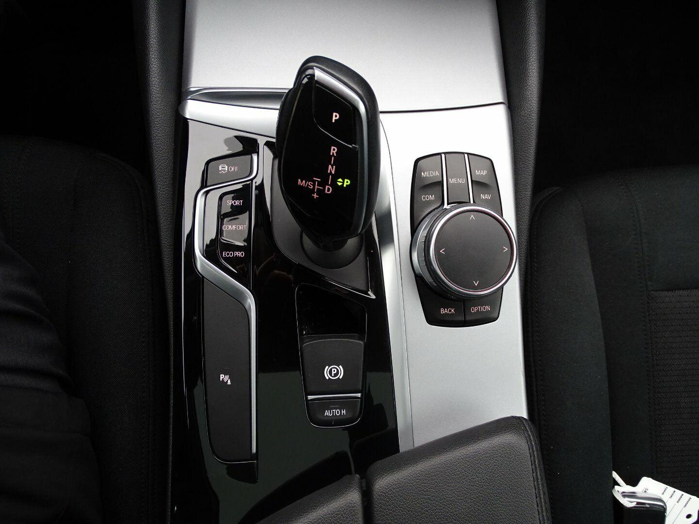 BMW 530d 3,0 Touring aut. - billede 16