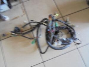 17 suzuki gsxr 750 w gr7bb cable loom wiring harness wire harness rh ebay com 1993 Gsxr 750 Electrical Schematic Suzuki GSX -R 600