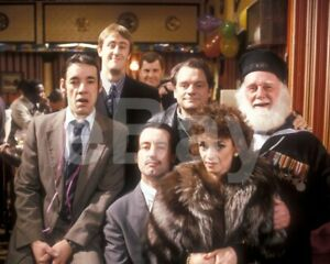 Only-Fools-and-Horses-TV-Cast-10x8-Photo