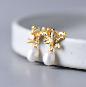 I05-Earring-Sterling-Silver-925-Gold-Plated-Bloom-With-White-Freshwater-Pearls