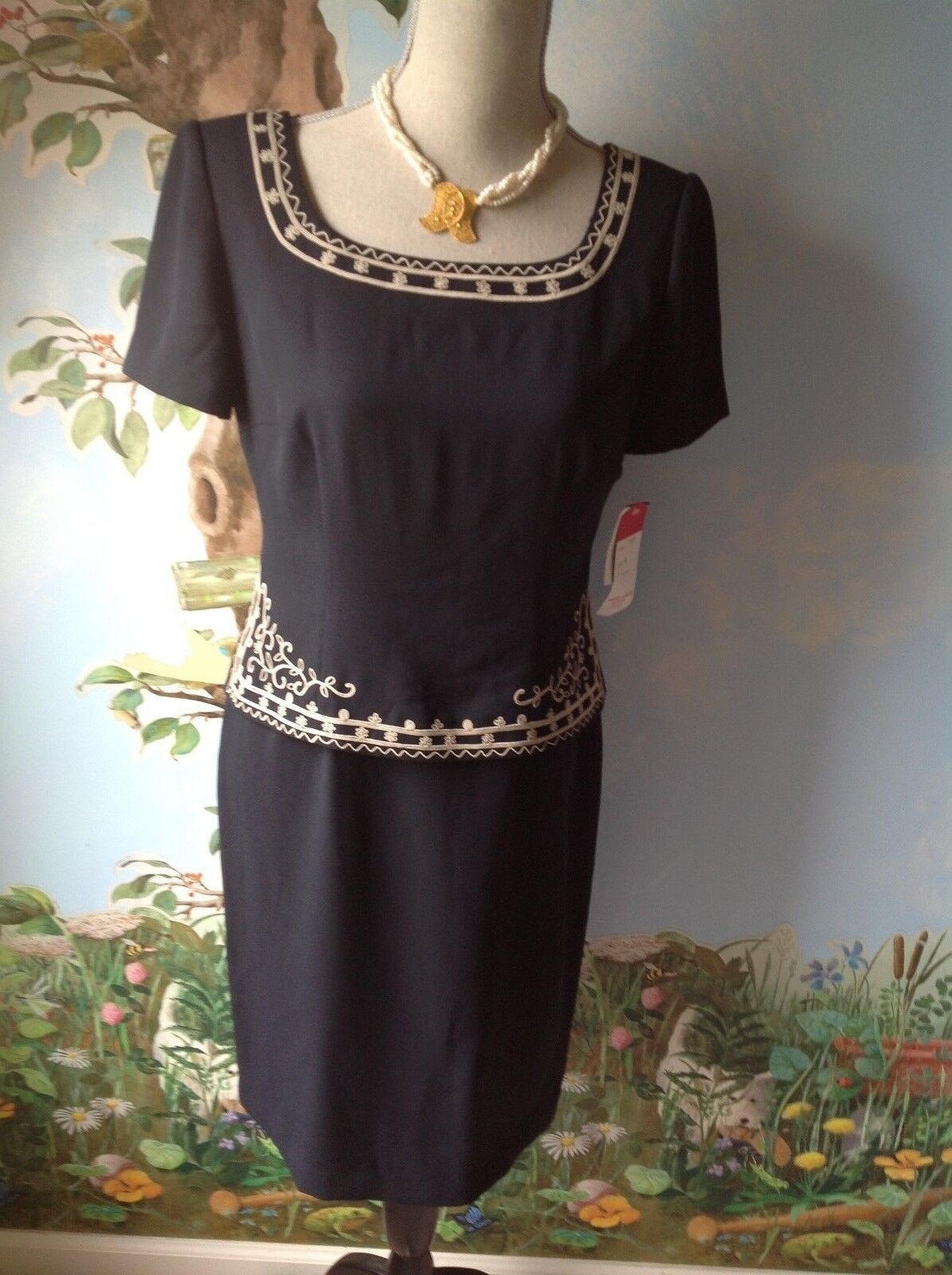 VTG Maggy London Petite Women's Dress Embroidery Embellished Size 8P NWT