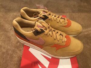 DS Nike AIR MAX 1 BACON CREPE SOLE