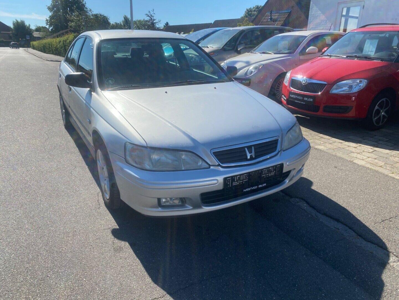 Honda Accord 2,0i LS 4d