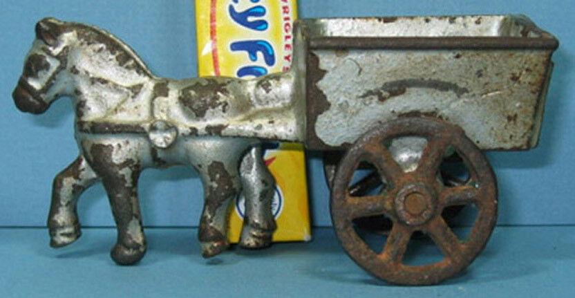 Auténtico & Old Pequeño Caballo Y Wagon  4  de largo Hierro Fundido Juguete  ahora a la venta T113