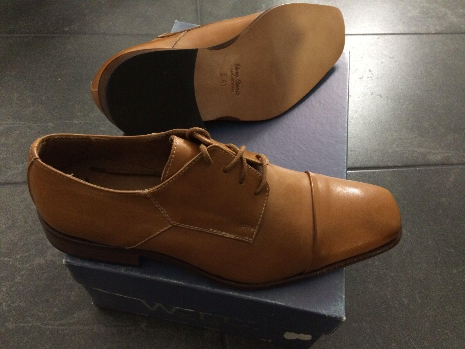 W.T.C. Nagelneue Italienische Leder Schuhe Gr. 41 mit echter Leder Sole OVP