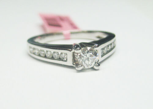 0.57CT DIAMOND ENGAGEMENT RING WITH CENTER DIAMOND 14KT WHITE gold