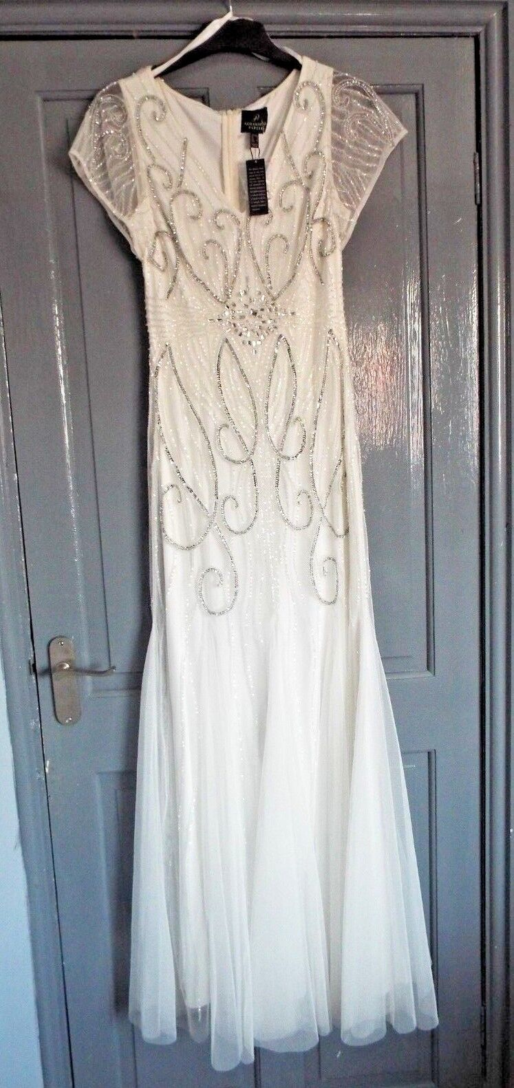 ADRIANNA PAPELL WHITE BALL GOWN  PROM  , SEQUINNED, CAP SLEEVE BNWT SIZE