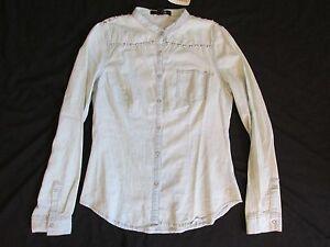 separation shoes edd0b 392fe Dettagli su Nuova da Donna Forever 21 Azzurro Jeans/Jeans Camicia Argento  Borchiato Taglia