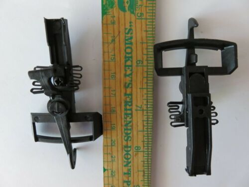 Pair of G scale plastic couplers with springs