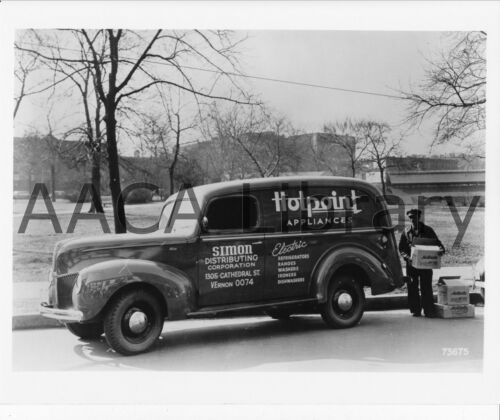 Hotpoint Appliances Ref. # 43347 1940 Ford Type 82 Panel Truck Factory Photo