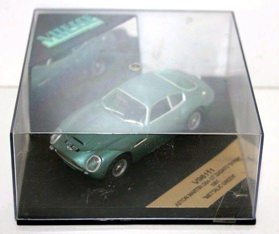 Vitesse  - V98111-ASTON MARTIN DB4 GT Zagato 1961 verde Metallico