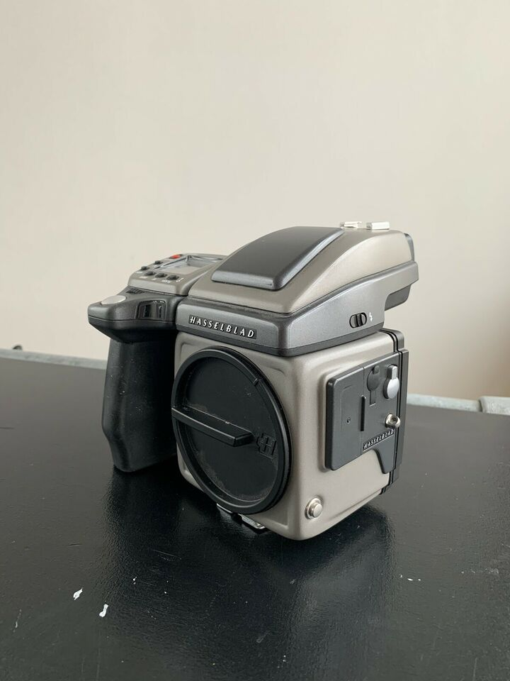 Hasselblad H4x + PhaseOne P30 + 80mm, Hasselblad hus -