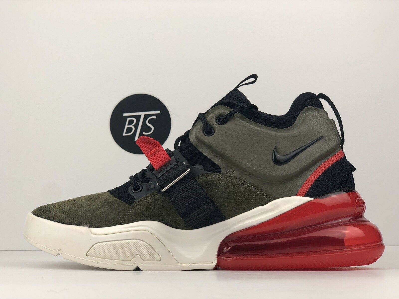 """a1bb072732fb Men s Nike Air Force 270 270 270 """"Medium Olive"""" Size-8.5 Green Red ..."""